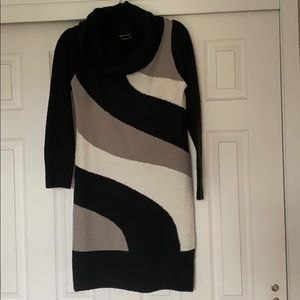 BCBG sweater dress M